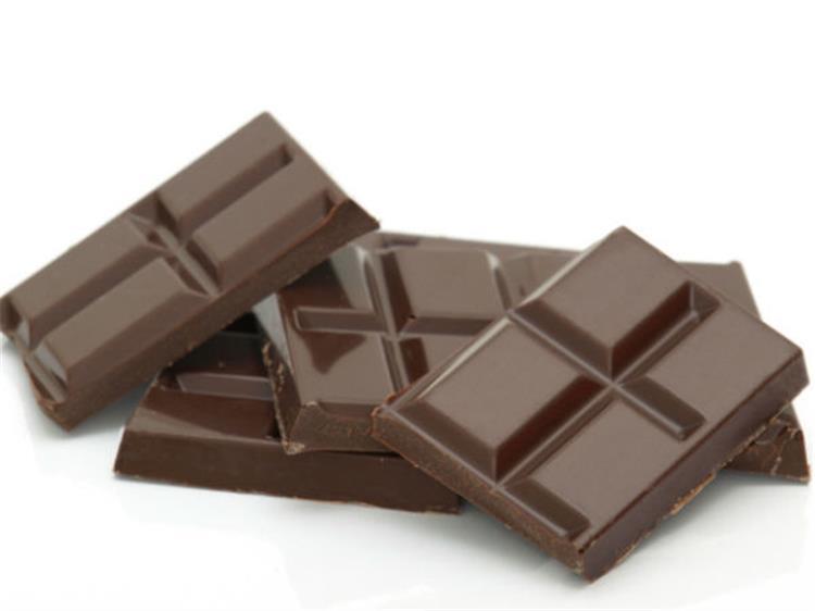حافظي على صحتك بالشوكولاتة فوائد مذهلة لكبار السن
