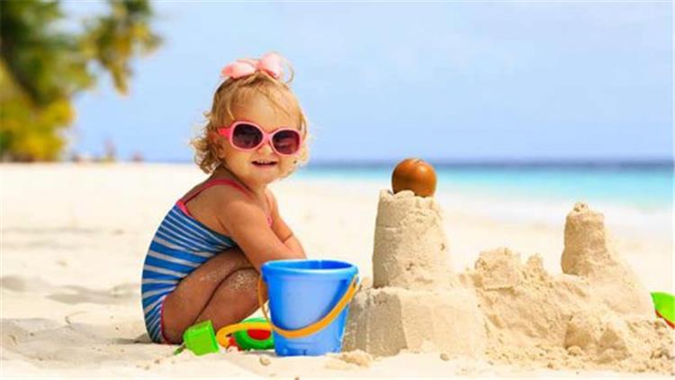 3 زيوت طبيعية لحماية بشرة طفلك من أشعة الشمس الضارة