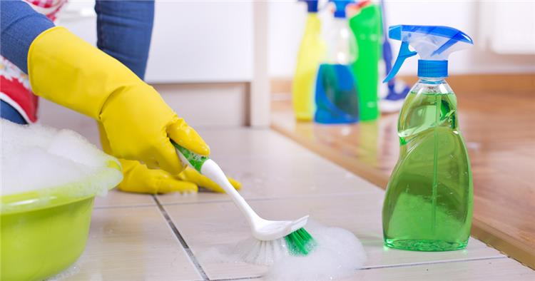 طرق تنظيف فواصل السيراميك المتسخة بمكونات متوافرة في منزلك