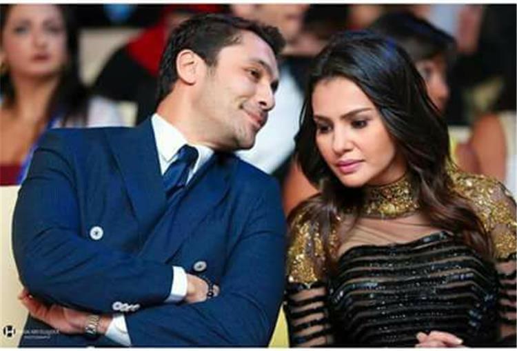 الراقصة دينا تكشف زواج اللاعب أحمد حسن من دينا فؤاد رسميا بهذه الطريقة