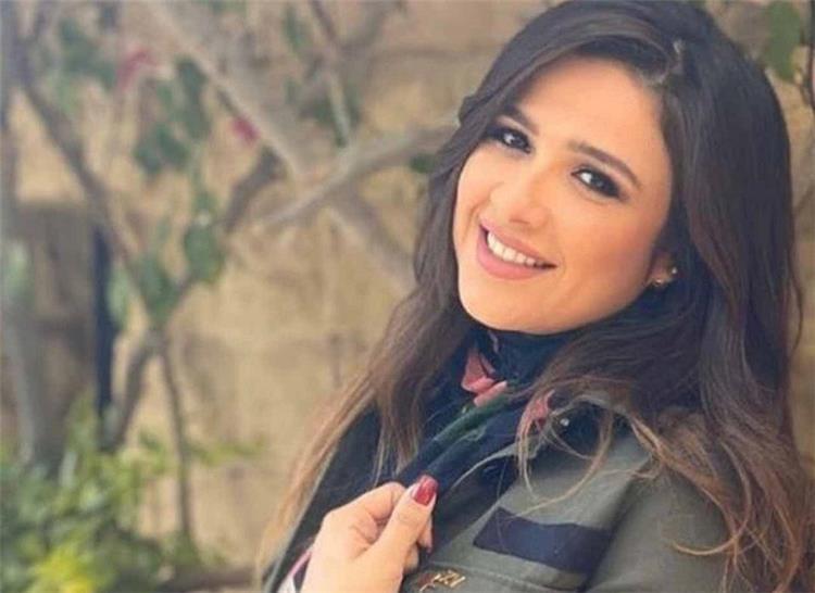 مفاجأة القبض على الطبيب المتسبب في تدهور حالة الفنانة ياسمين عبد العزيز الذي تروج له زوجة لاعب كرة قدم شهير ما الحكاية