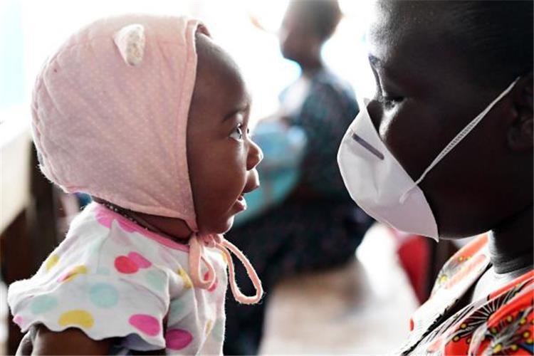 كيفية وقاية الأطفال الرضع من فيروس كورونا بعيد ا عن ارتداء الكمامة