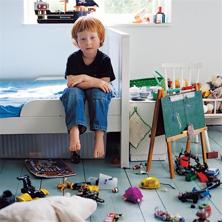 طرق تعليم الأطفال تنظيف البيت
