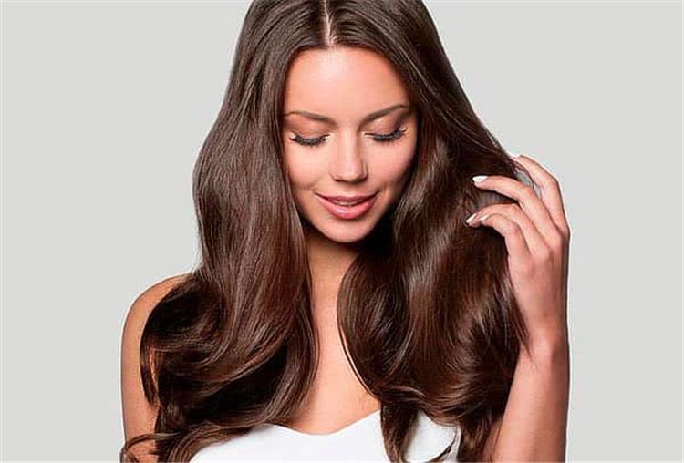 12 وصفة طبيعية لترطيب الشعر الجاف والمجعد استعيدي نعومة شعرك