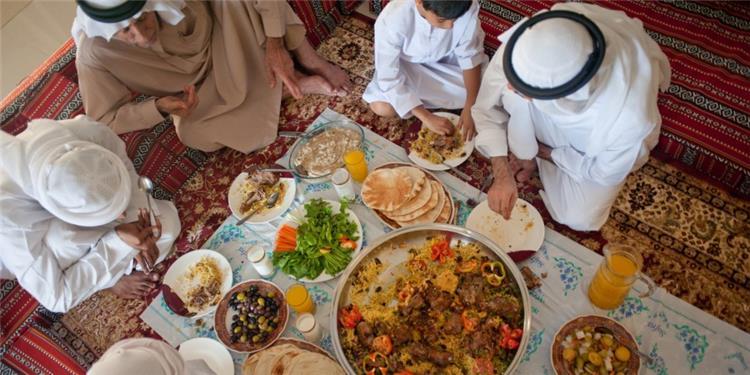 عادات غذائية تضر بصحتك في رمضان احذري منها