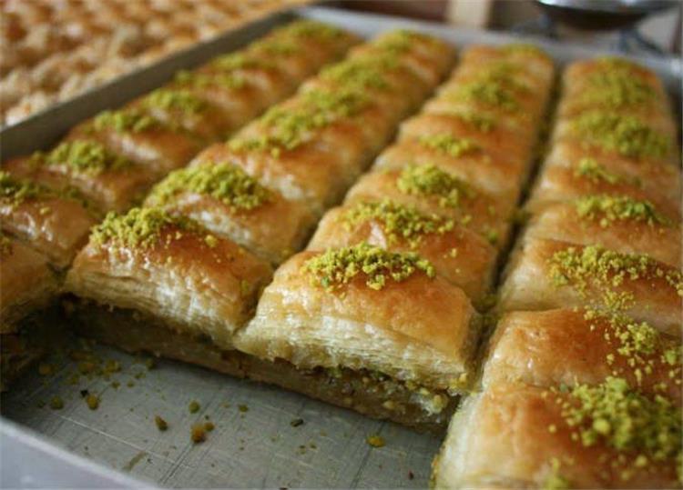 حلويات شرقية بالجلاش هاتاكلي صوابعك وراها