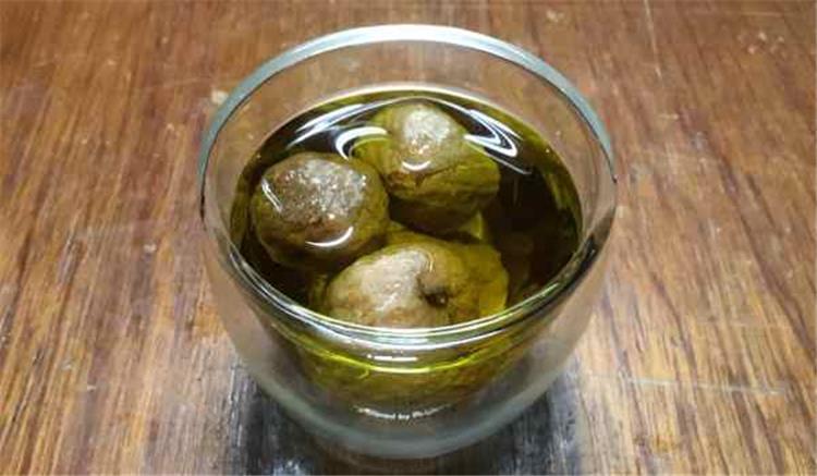 فوائد التين المجفف مع زيت الزيتون للقولون