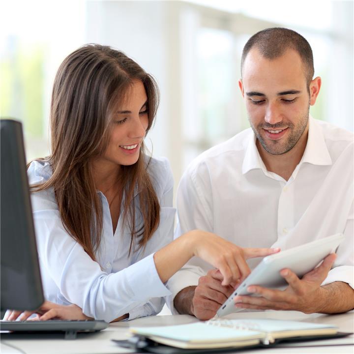 كيف تنجح علاقتك بشريك حياتك إذا جمعكما مكان عمل واحد