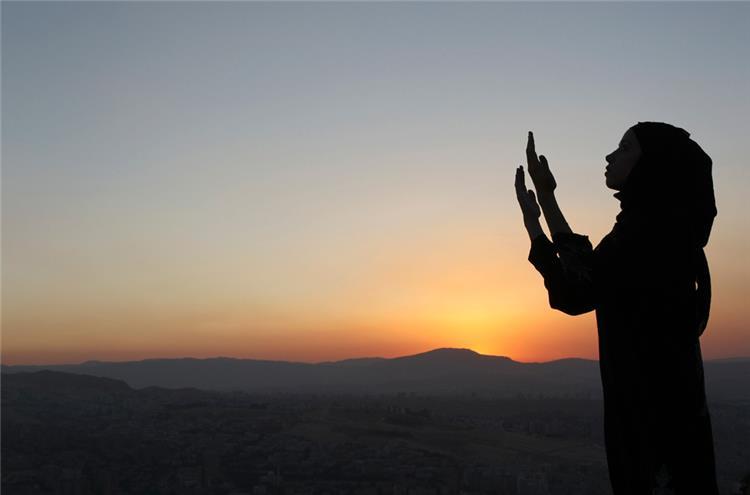 دعاء اليوم السابع والعشرين من رمضان اللهم قرب وسيلتي إليك