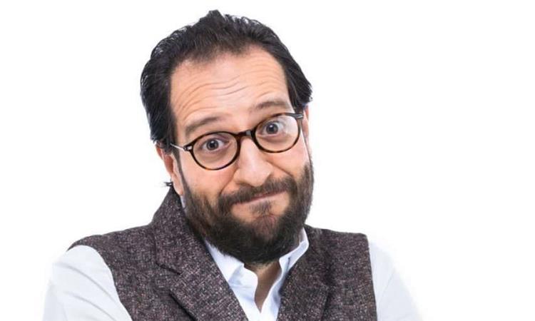 أحمد أمين ممنوع من الكلام لمدة 3 أسابيع اتفقت مع حد يزعق لولادي بدالي