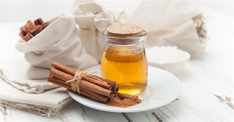 اضرار العسل والقرفة خطر كبير على الحوامل والمرضعات