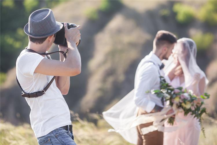 5 نصائح لاختيار جيد لمصور حفل الزفاف