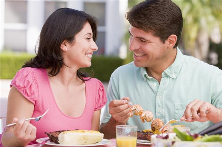 أسباب زيادة الوزن بعد الوقوع في الحب