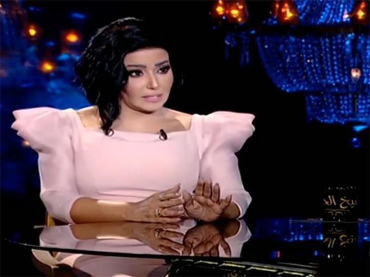 سمية الخشاب تكشف عن تفاصيل إصابتها التي كادت ت دخل أحمد سعد السجن