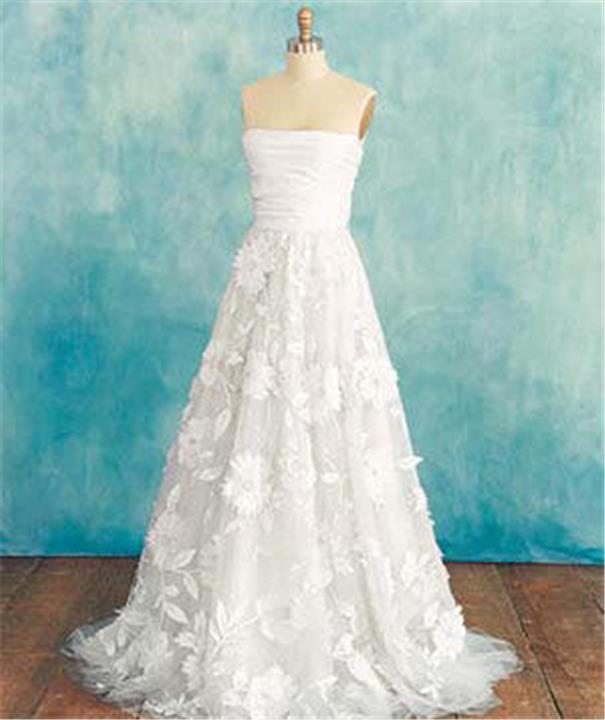 اختاري فستان زفافك حسب شكل جسمك