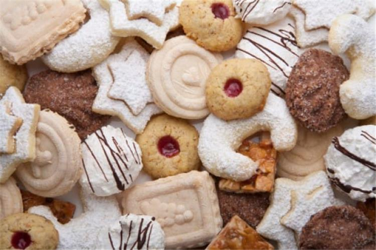 حلويات مغربية غير مكلفة وسهلة التحضير