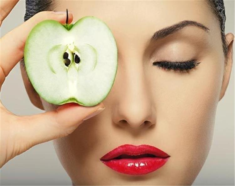 علاج تجاعيد الوجه بأطعمة ومشروبات الدايت
