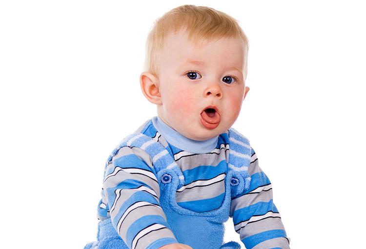 15 طريقة لعلاج السعال عند حديثي الولادة واسباب الإصابة به