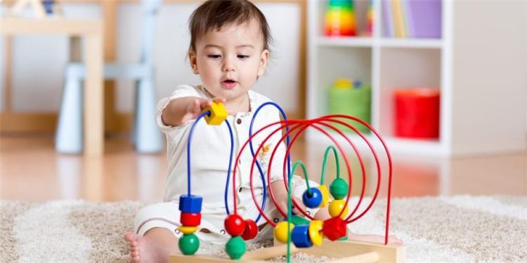 9 علامات للذكاء المبكر عند الأطفال وكيفية تنميته في الصغر