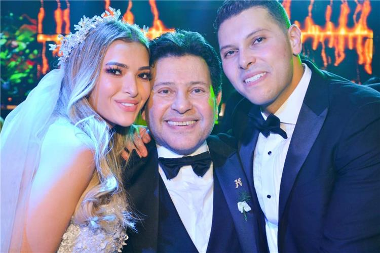 صور من حفل زفاف ابن هاني شاكر العروس تبهر الجميع بجمالها ووالدة العريس تنافس الأخيرة في الطلة الرائعة