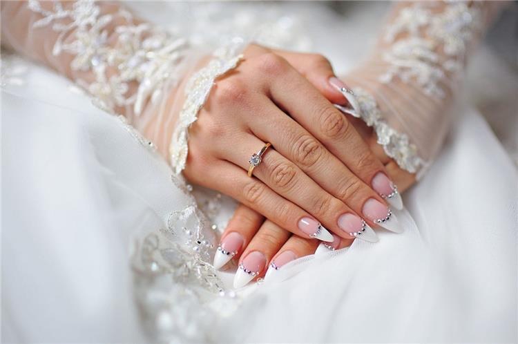 ألوان وأشكال المانيكير للعروس الجريئة في حفل الزفاف