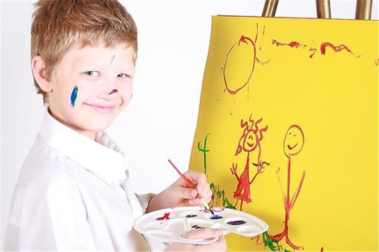 كيفية التعامل السليم مع ما يحتاجه أبنائك وما يمكن الاستغناء عنه