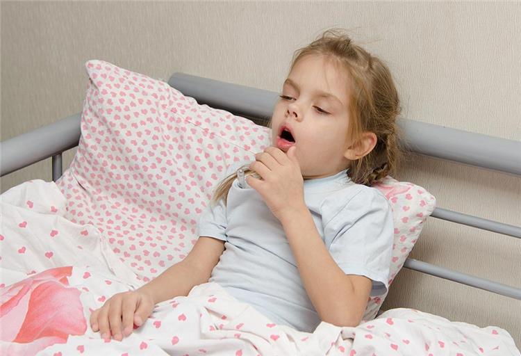 صفير الأطفال أثناء التنفس ينذر بمرض خطير