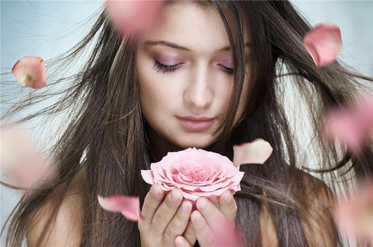نصائح للحصول على رائحة شعر جميل