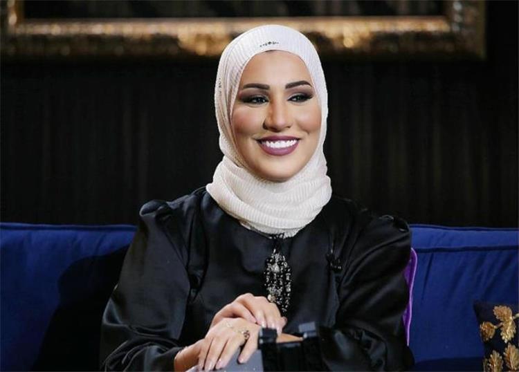 نداء شرارة ترد لأول مرة على أخبار خلعها الحجاب