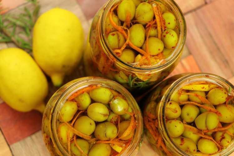 طريقة تخليل الزيتون للشيف حسن