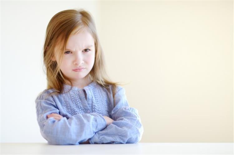7 أفعال للطفل تحتاج للتصحيح لا تهمليها