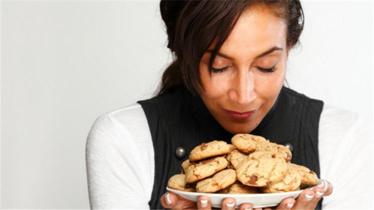 أثر استنشاق رائحة الطعام على زيادة الوزن
