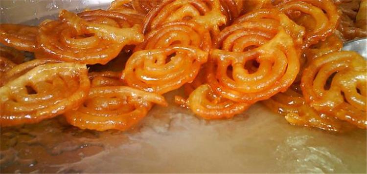 طريقة تحضير زلابية جزائرية لحلويات شهية في رمضان