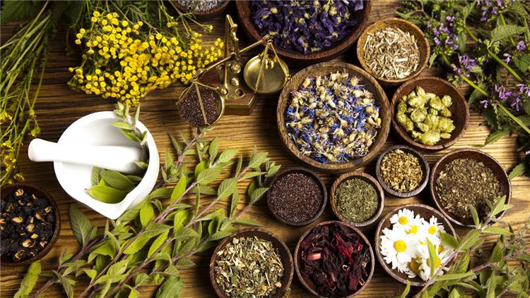 5 أعشاب رائعة للتخلص من الكرش وطرق استخدامها