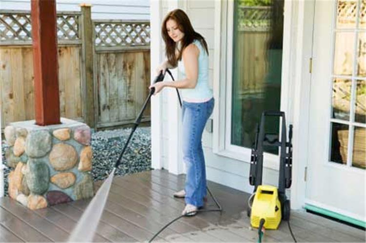 تنظيف البيت يساعد على خسارة وزنك الزائد أبشري