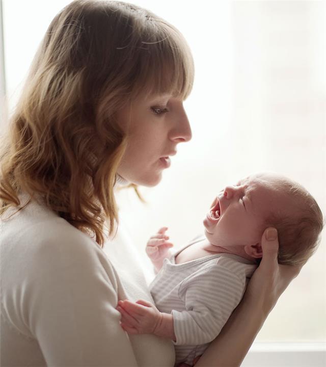 مغص الرضع اعراضه واسبابه ونصائح للتعامل معه