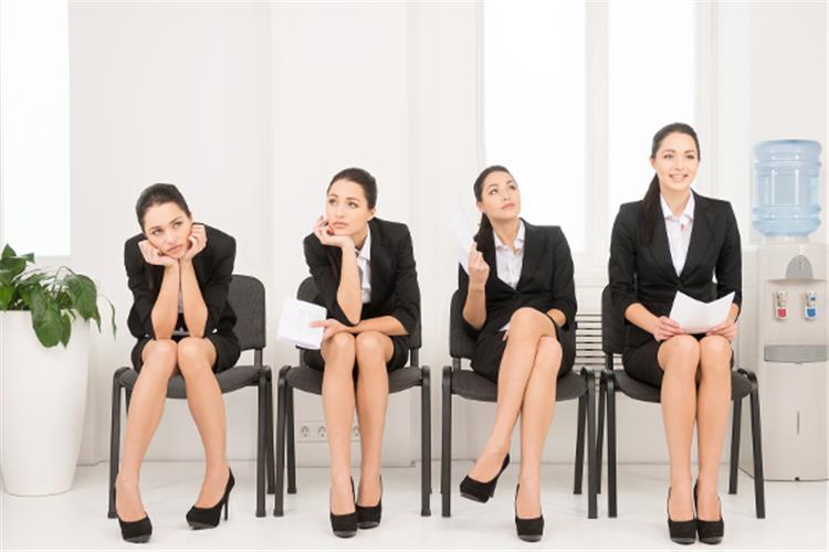 7 عادات خاطئة خلال التعامل مع الآخرين