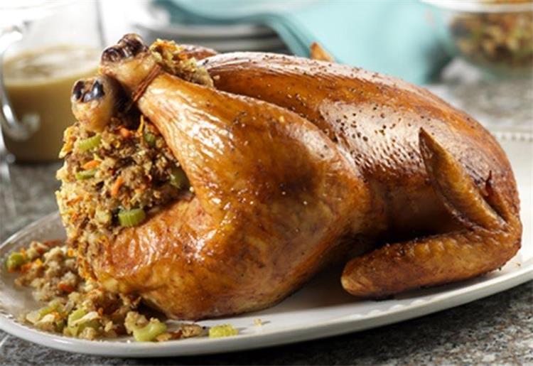 طريقة حشو الدجاج بالخضار