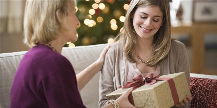أفضل هدايا عيد الأم أبهريها