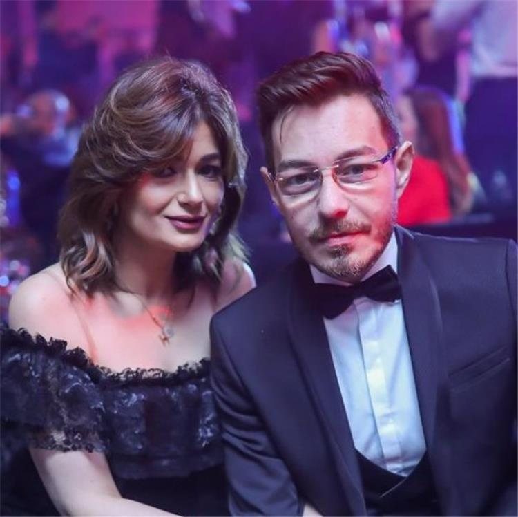 احمد زاهر وزوجته