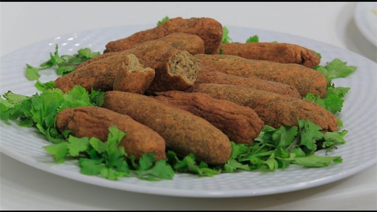 منيو غداء اليوم كفتة عدس بجبة وأرز ابيض