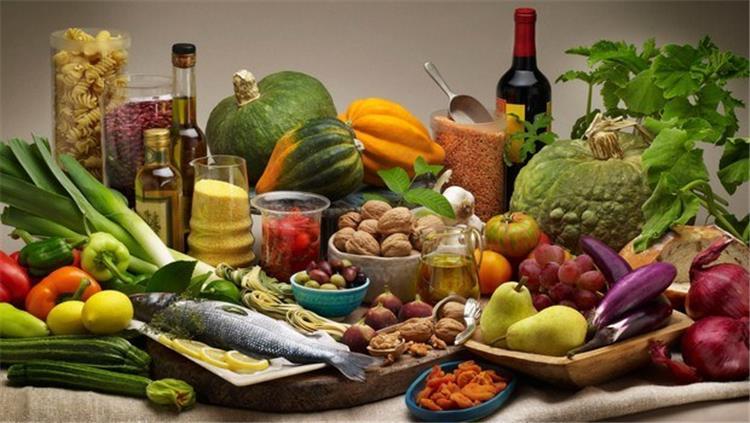 أطعمة صحية تخلصك من الأرق واضطراب النوم