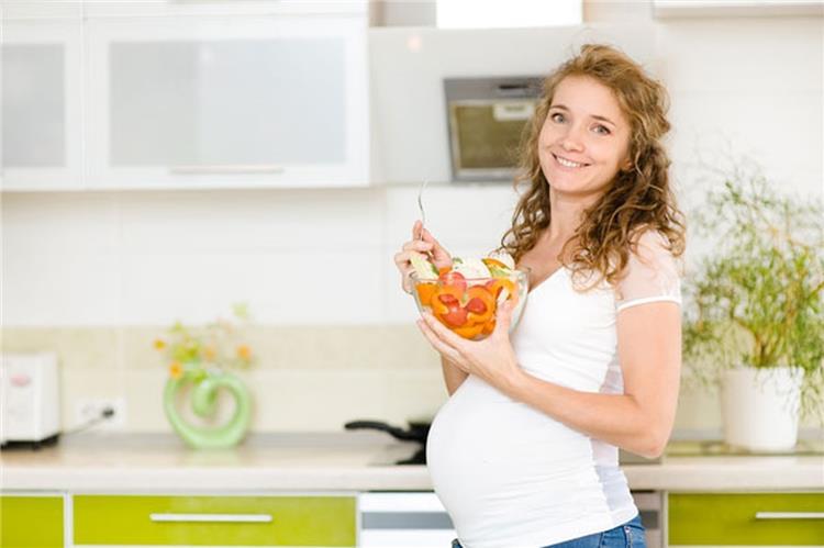 أطعمة لها فوائد لن تتخيليها على جسمك أثناء فترة الحمل