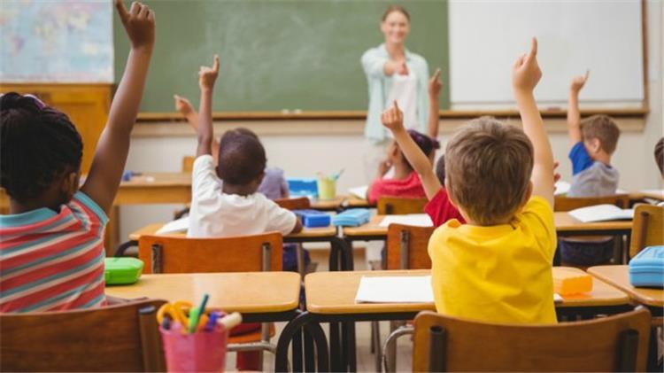 قبل بدء الدراسة كيفية اختيار المدرسة المناسبة لأولادك