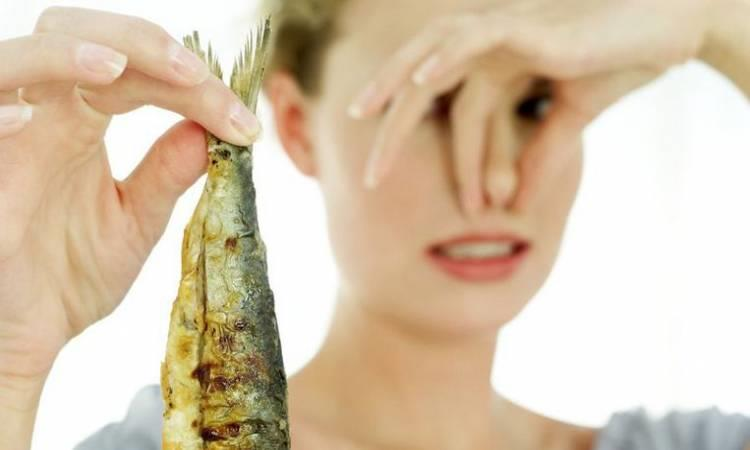 نصائح للتخلص من رائحة الفسيخ والرنجة من المنزل