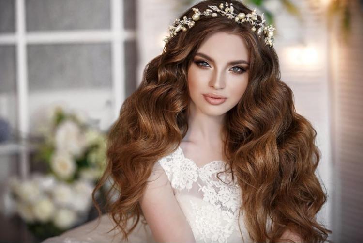 دليل اختيار أفضل الألوان لمكياج الزفاف حسب لون شعرك وبشرتك