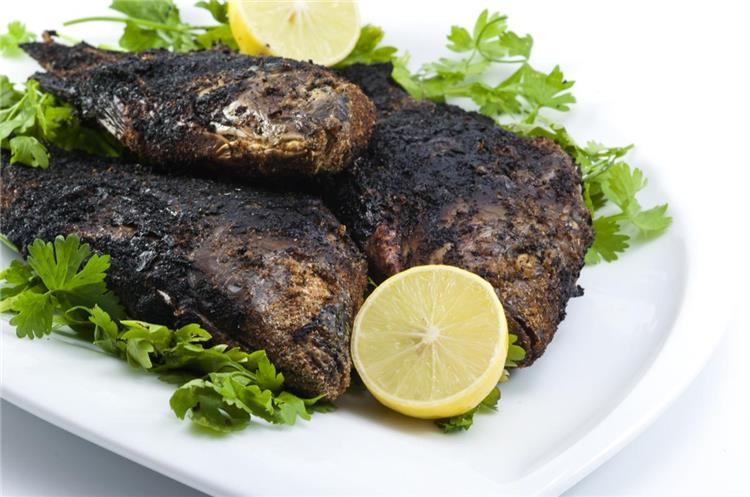 منيو غداء اليوم طريقة عمل سمك بلطي مشوي