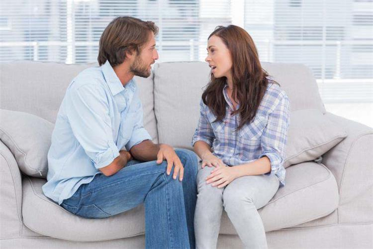 ماذا تفعلين إذا تعرض شريك حياتك لأزمة كبيرة