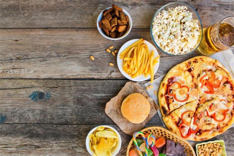أطعمة تحتوي على سعرات حرارية عالية لكنها غنية بالفوائد الصحية