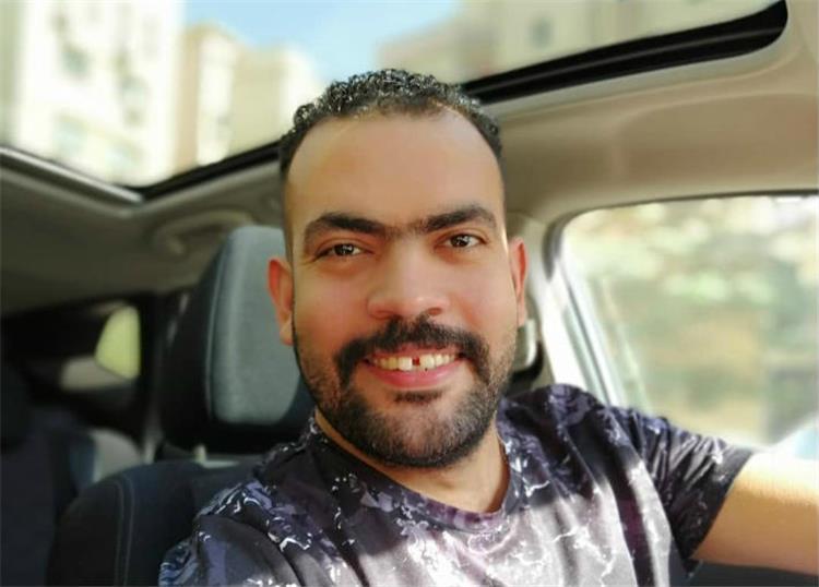 خالد عليش يعيش قصة حب ويعلن قرب خطوبته بعد فترة من طلاقه ما الحكاية